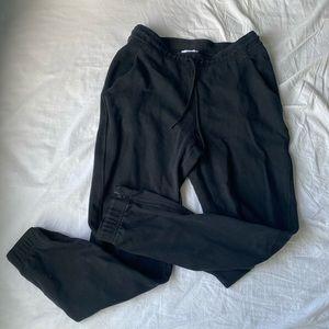 TNA cuffed sweat pant size medium